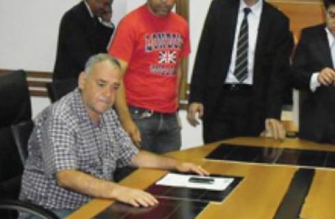 Comissão de luta do SIPROEM é recebida na câmara pelos vereadores.