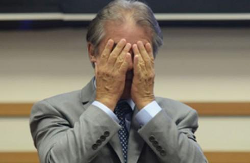 FURLAN REDUZ SALÁRIOS DE PROFESSORES EM 30%
